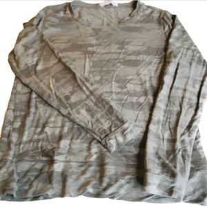 Workshop Republic Clothing gray camo shirt medium